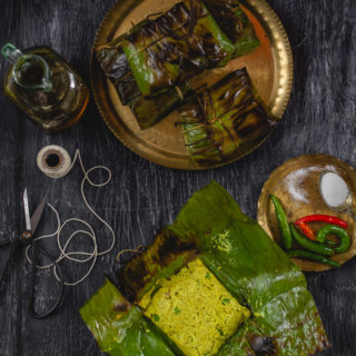 Bandhakopir Paturi (Cabbage in Banana Leaf Parcels)