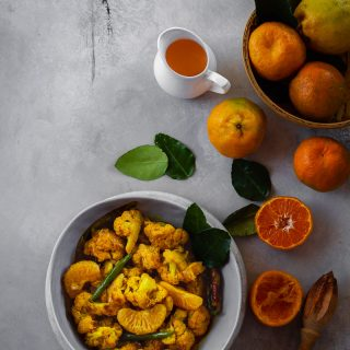 Komola Phulkopi (Cauliflower with Oranges)