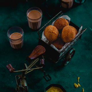 Chhana Koraishutir Chop (Cottage Cheese and Green Peas Croquettes)